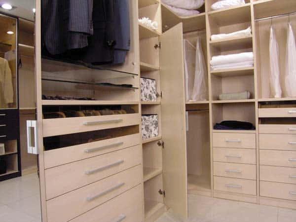 Гардеробная комната и ее грамотное обустройство.