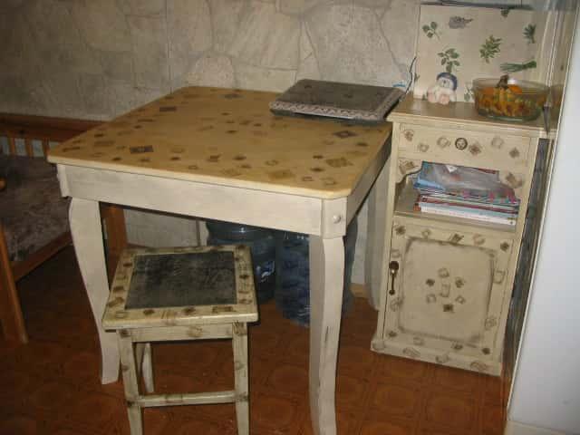 Реставрировать старый стол видео