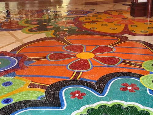 Пол из мозаики