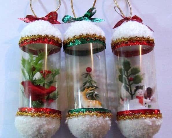 Navidad artesanías hechas de botellas de plástico