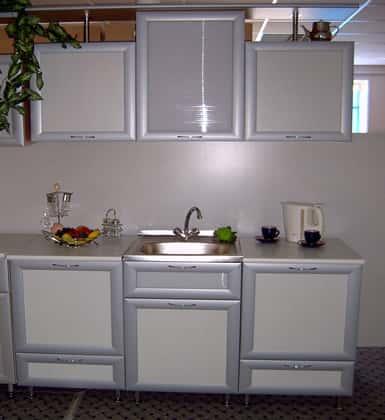 1001 фото мебель для кухни Эконом кухни на заказ отличаются от своих более