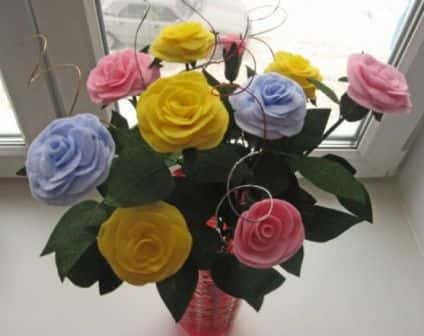Бумажные цветы из салфеток роза