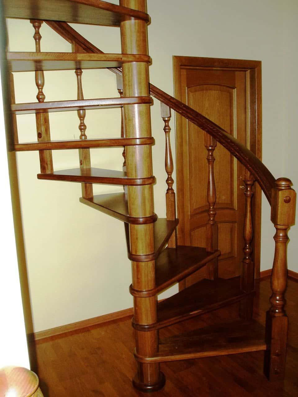 Лестница для дачи своими руками из дерева чертежи размеры