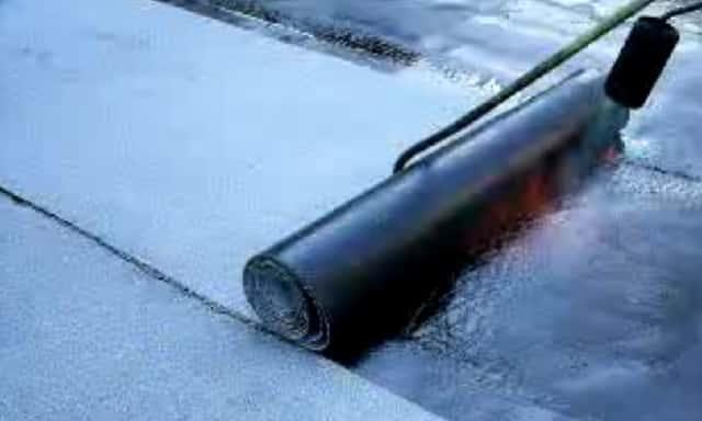 Видео как покрыть крышу гаража рубероидом своими руками