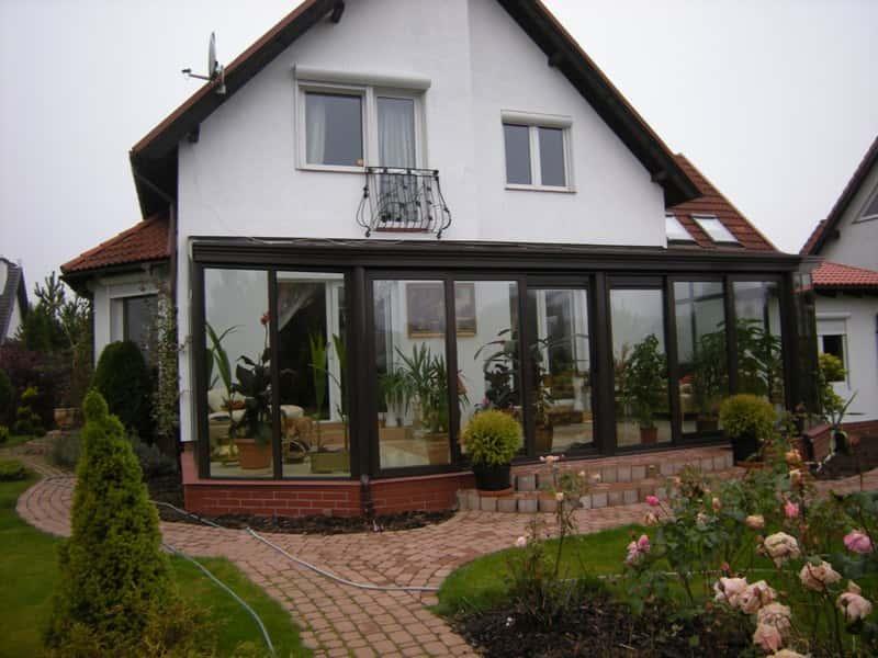 Строительство зимнего сада в частном доме.