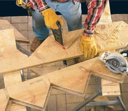 Косоур для деревянной лестницы своими руками
