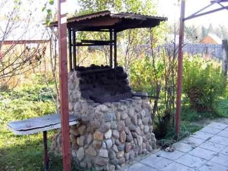 Место для шашлыка на даче