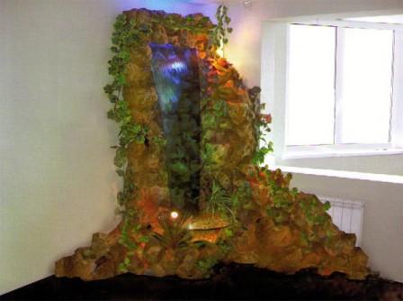 Водопады в интерьере квартиры (фото): http://remontyes.ru/704-vodopady-v-interere-kvartiry-foto.html