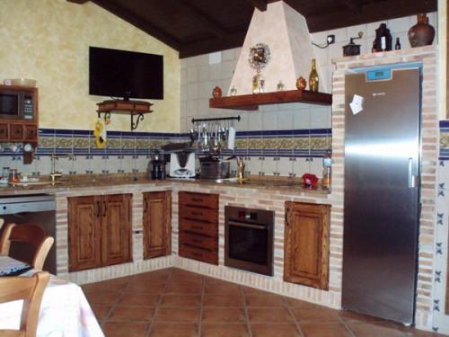 Кухонный гарнитур из кирпича своими руками 19