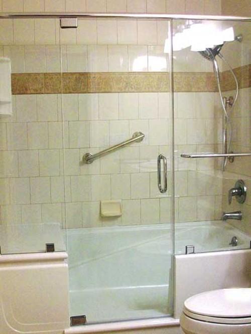 как называется душевая кабина с ванной термобелье стоит хорошем