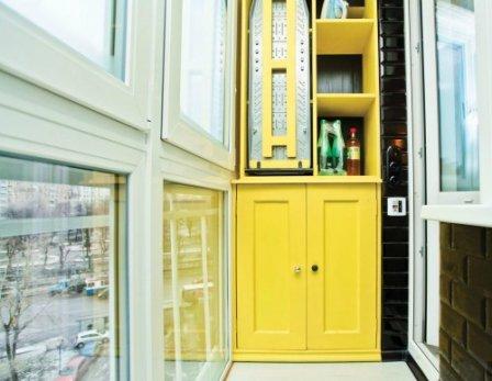 Практичная и эстетичная отделка балкона.