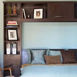 Практичные идеи для небольшой спальни