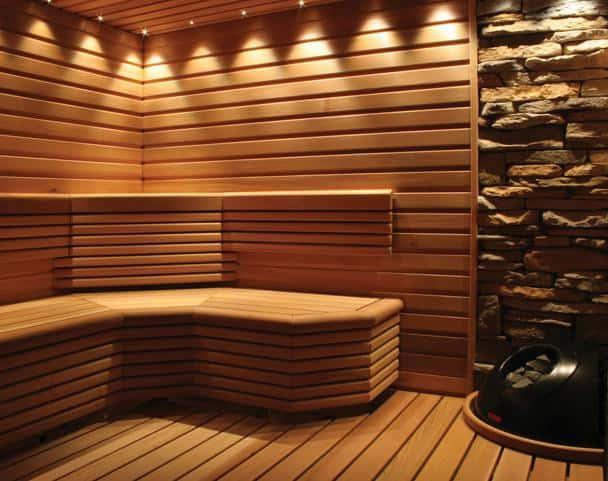 Внутреннее обустройство бани из бруса