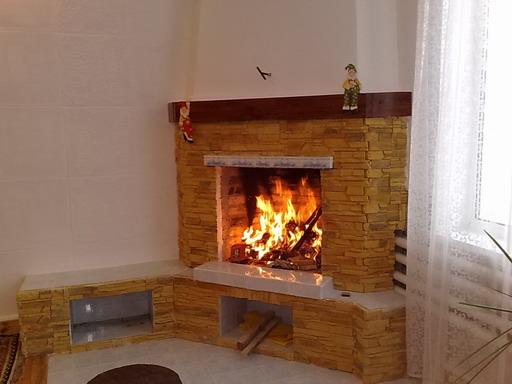 Как правильно устанавливать и эксплуатировать дровяной камин?