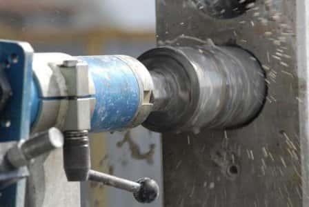 Сверление отверстий в бетоне