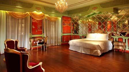 Цветовое решение интерьера спальни