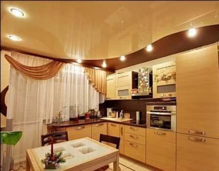 Как отделать потолок на кухне современными материалами?