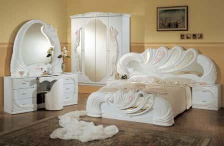 Кровать – незаменимый элемент спальни