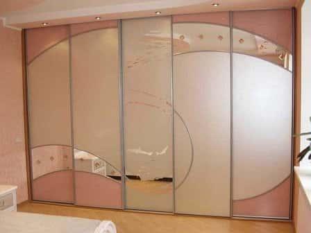 Шкаф-купе – практичная мебель для вашего дома