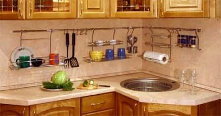 Оборудование рабочего места на кухне