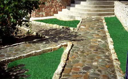 Обустройство садовых дорожек своими руками