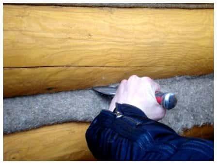 Изоляция и защита бревенчатого сруба