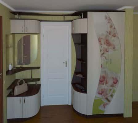 Мебель в дизайне прихожей