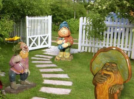 Садовый декор в ландшафтном дизайне + фото