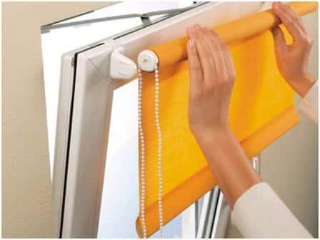 Монтаж жалюзи на пластиковые окна без сверления