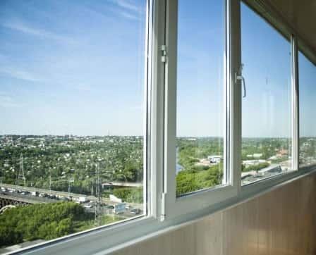 Какой выбрать профиль для остекления лоджии или балкона?