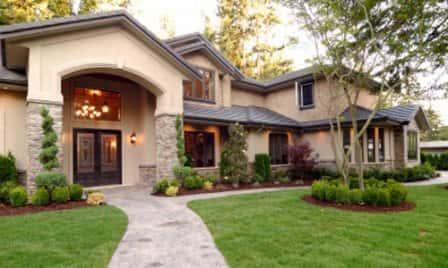 Входная дверь для частного дома - металлическая или деревянная?