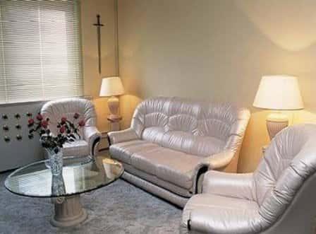 Грамотное оформление интерьера гостиной