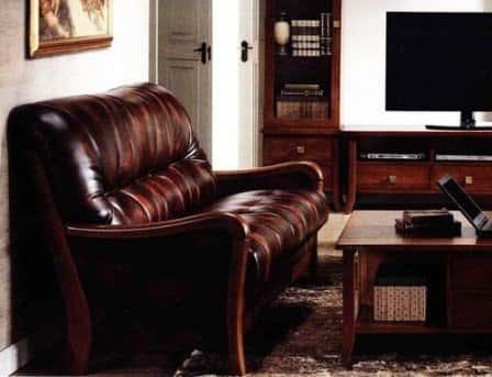Современная мебель из Малайзии в классическом стиле