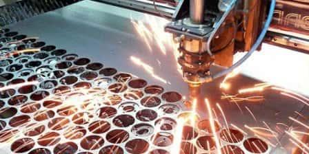 Лазерная резка металла: ее преимущества и использование