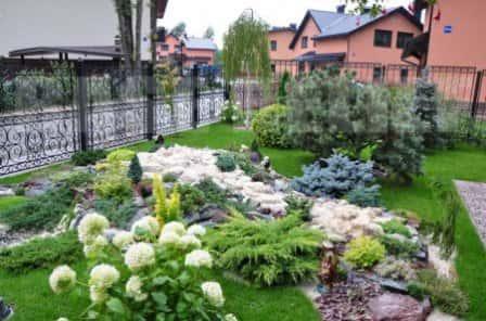 Как гармонично обустроить садовый участок?