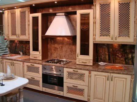 Мебель для кухни  на заказ от компании