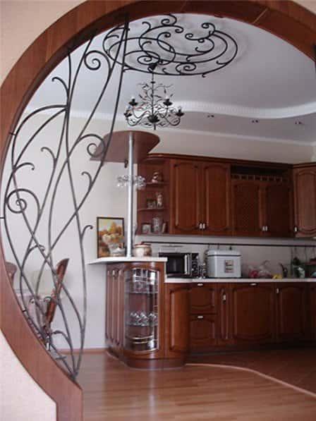 Роль кованых декоративных элементов в создании уникального интерьера