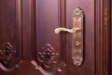 Защита входной двери от взлома
