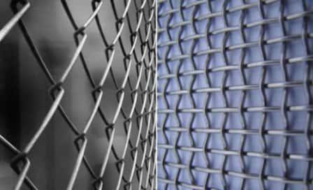 Металл и сетка высокого качества – надежные материалы для эффективного стро ...
