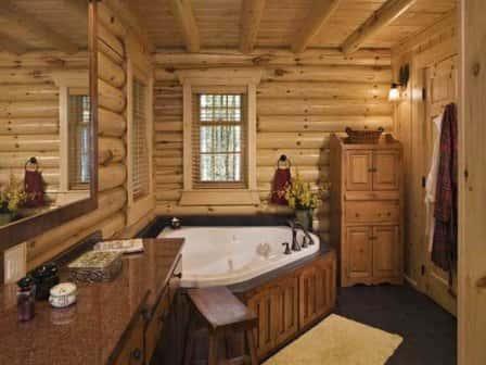 Ванная комната в деревянном доме - фото