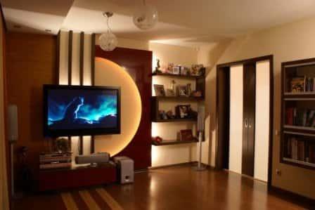 Телевизор в гостиной - фото