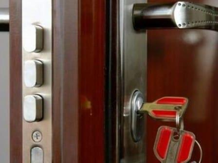 Замки для металлической двери