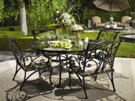 Уличная мебель для сада