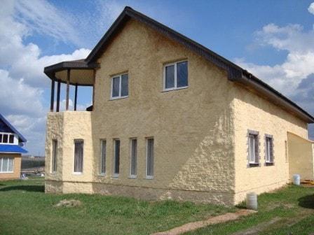 Дом, утепленный полиуретановой пеной