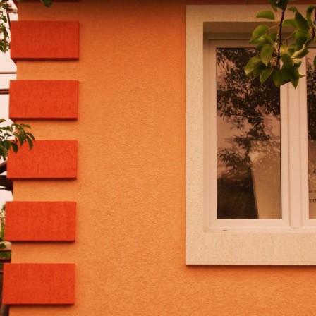 Виды фасадных штукатурок для отделки дома