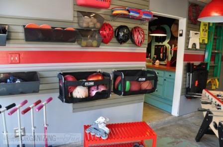 Организованное хранение вещей в гараже