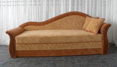 Тахта-софа: классический комфорт