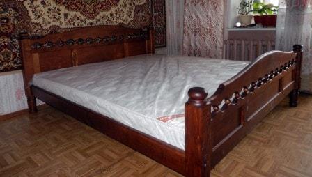 Кровати из массива березы