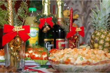 Атрибуты Новогоднего стола - 30 идей