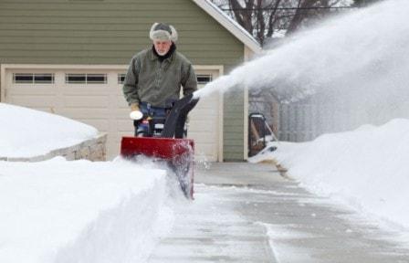 Снегоуборщик для частного дома - критерии выбора